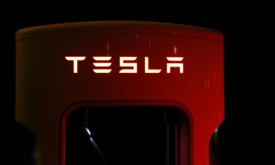 Tesla übertrifft Bitcoin als leistungsstärkstes Asset im Jahr 2020